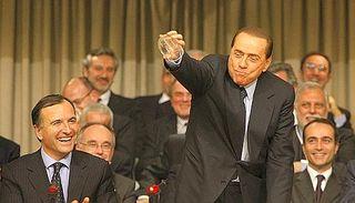 Berlusconi-pagliaccio-01