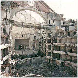 Teatro-petruzzelli-distrutto