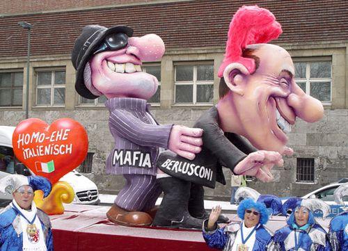 Berlusconi_mafia-duesseldorf-carro