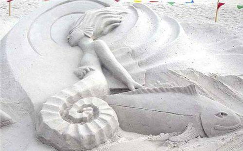 Scultura-sabbia
