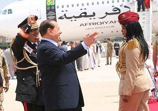 Berlusconi_gheddafi_amazzone.JPG
