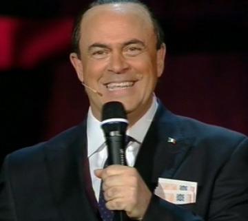 Maurizio-crozza-sanremo-2013