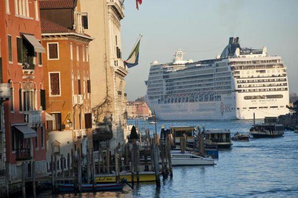Venezia-navi2