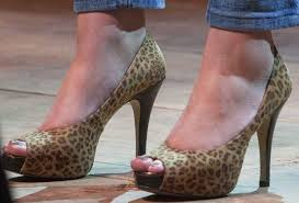 Scarpe leopardate maria elena boschi