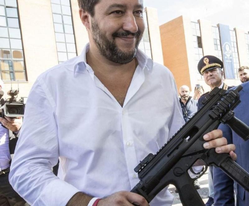 Salvini-mitra