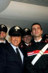 Berlusconi_carabiniere