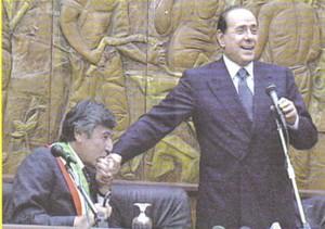 Berlusconiscapagninibaciamano